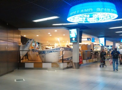 Cafe at the Amsterdam airport